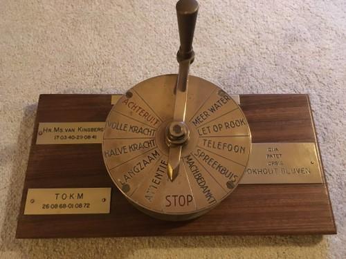 De bel maakt een prachtig geluid als de telegraaf bewogen wordt!