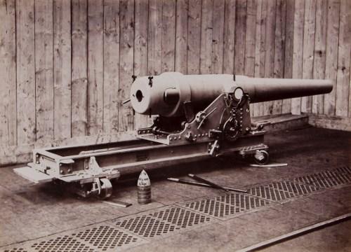 Een zeer zeldzame, misschien wel unieke foto van het kanon 15cm AL inclusief affuit.